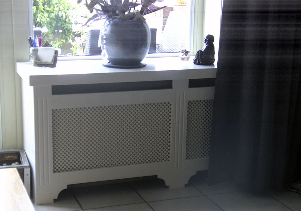 Decoratie radiator studio kop en schotel - Studio decoratie m ...